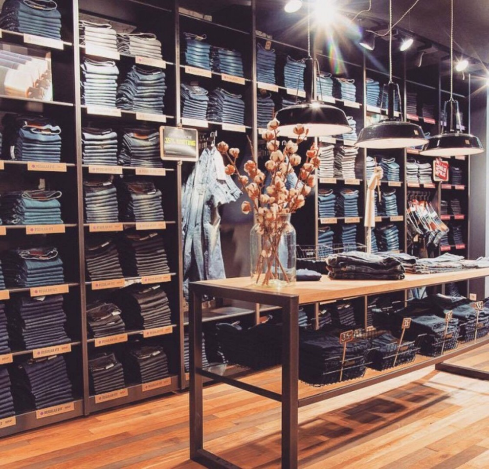 Jeans centre for denim addicts